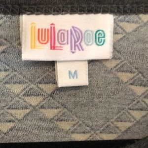 LuLaRoe Tops - LuLaRoe Randy baseball T-shirt